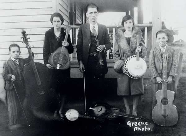 The W. T. Grady Family Band<br>From left: Paul, Ethel Mae, W.T., Elva, Vernon.