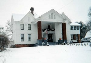 Luckadoo House on a snowy day
