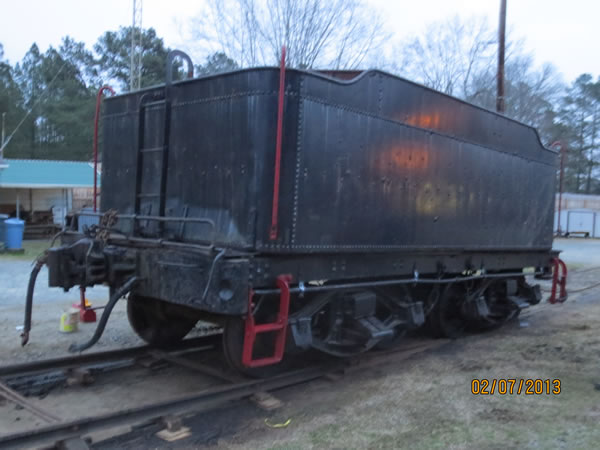 The tender is now on the museum's permanent tracks.
