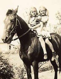 Helen & Lillian Dedmond