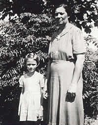 Ruby Scruggs, Estelle Shepherd