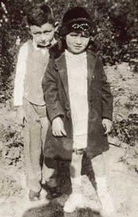 H. V., Jr. & Lillian Davis